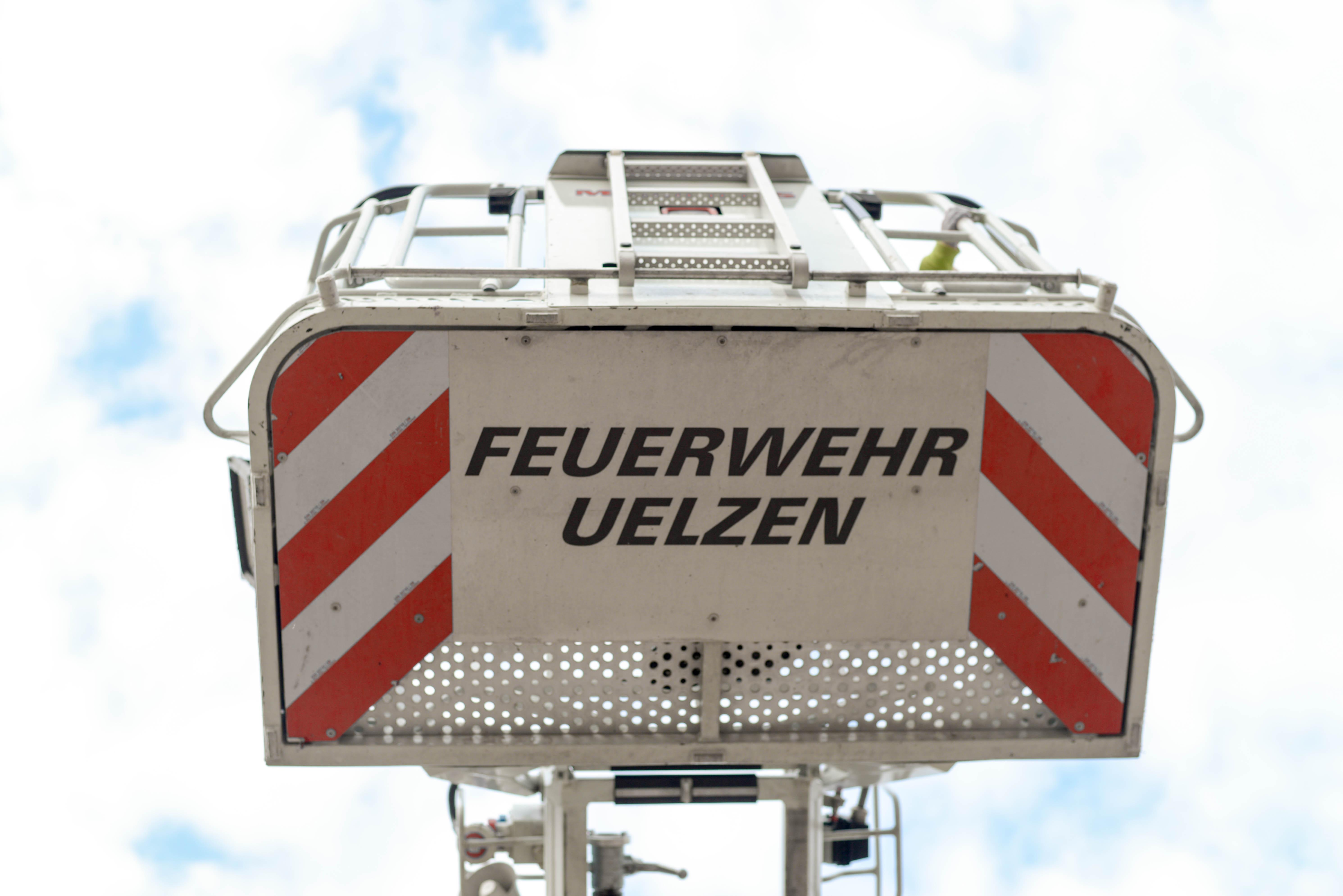 271. Hilfeleistung - - Personenrettung aus defekten Hubsteiger