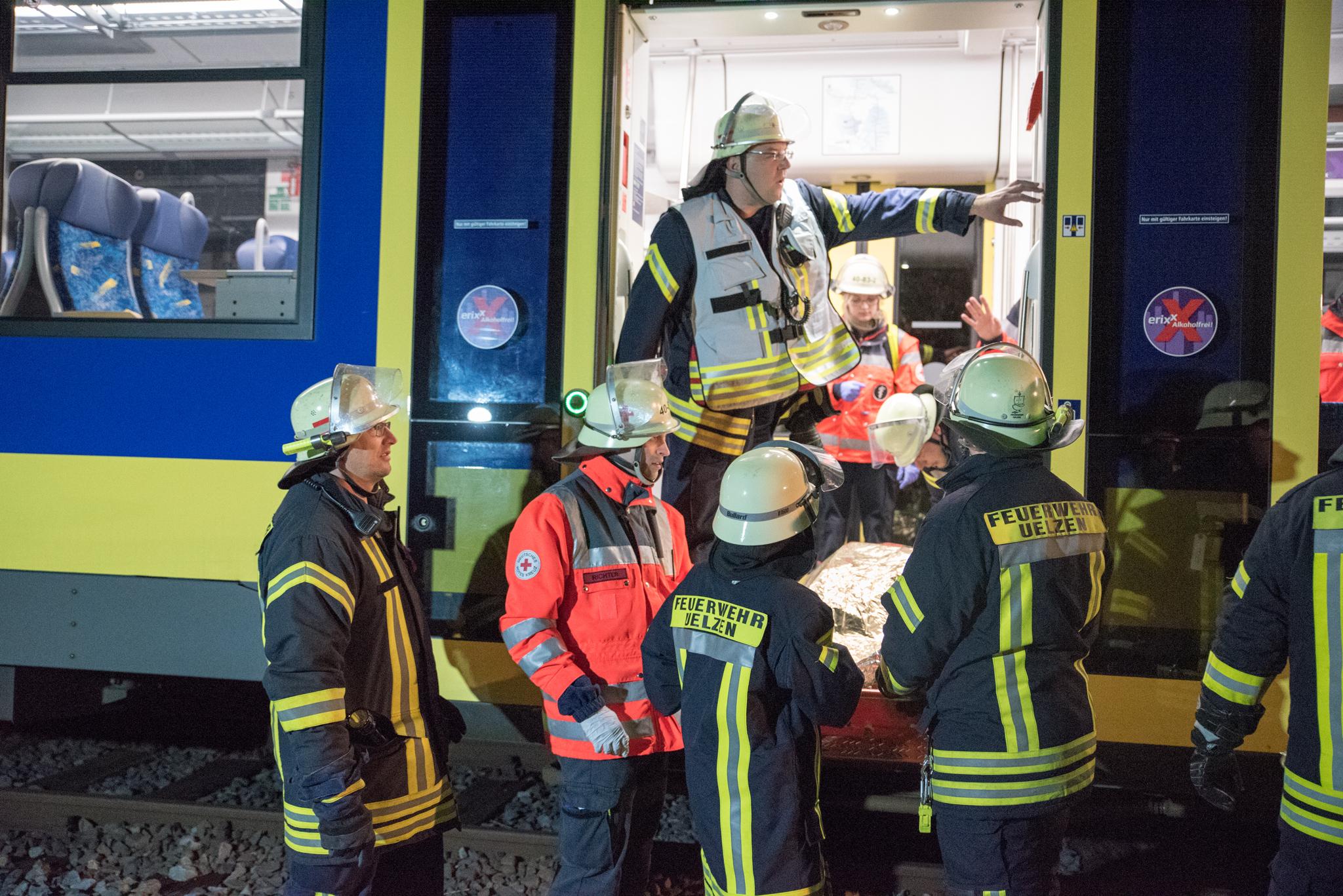Großangelegte Übung von Feuerwehr, DRK und THW