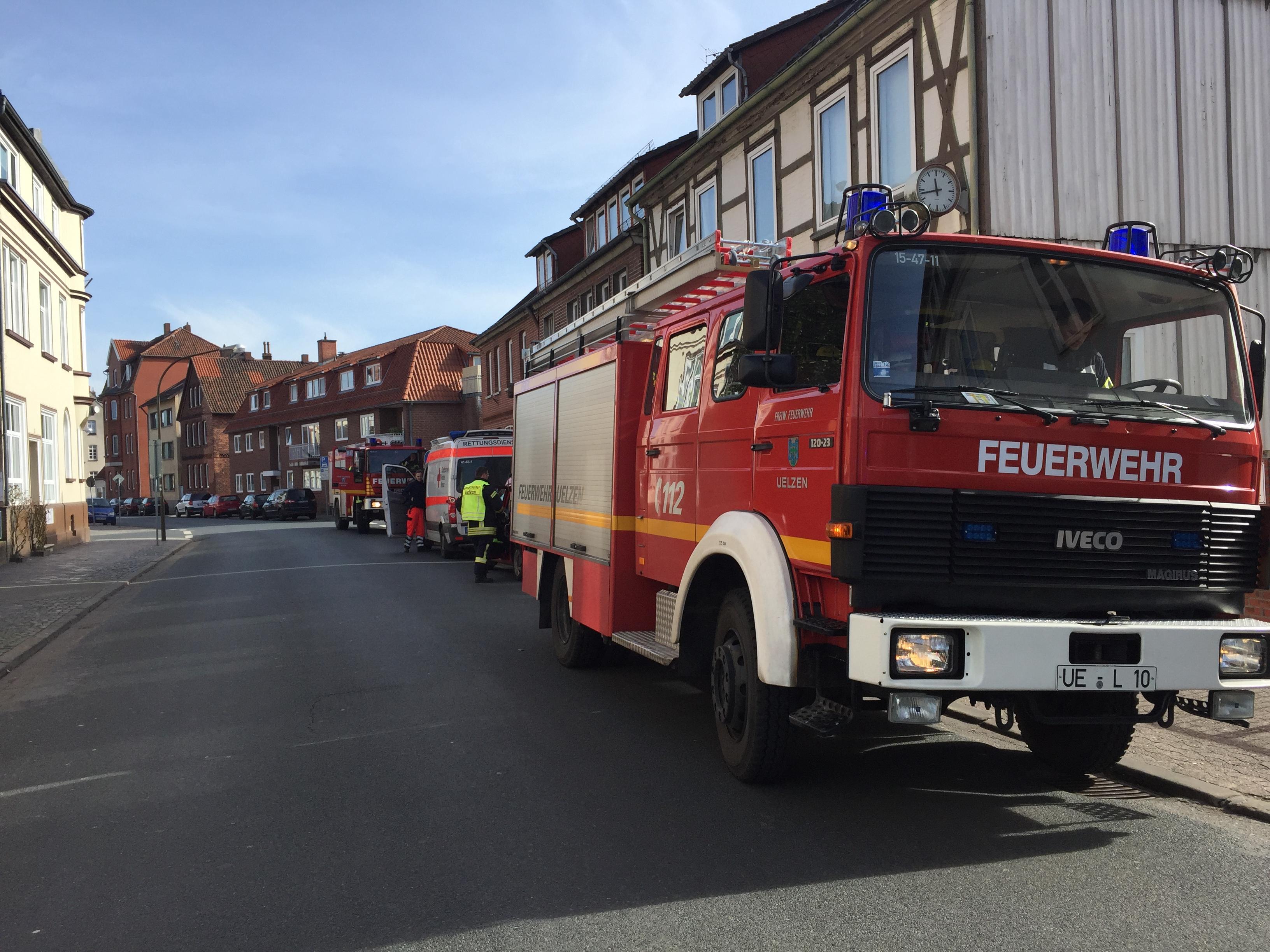 072. Rauchwarnmelder in Mehrfamilienhaus ausgelöst