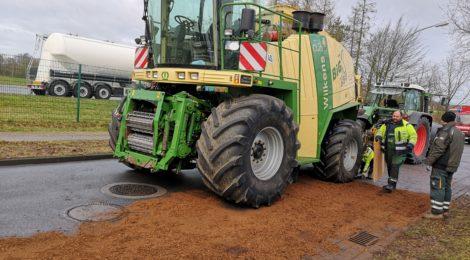 020. Hilfeleistung - - Auslaufende Betriebsstoffe aus Landwirtschaftlichen Gerät