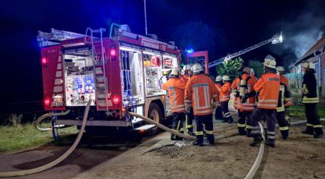 197. F2 - Scheunenbrand - Wohnhaus in Gefahr