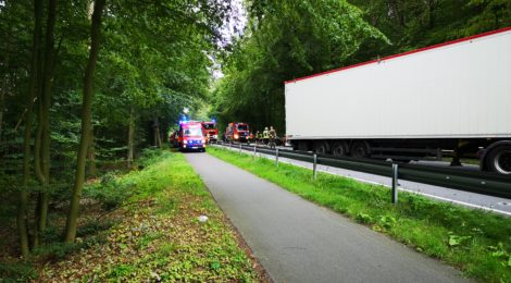 200. Hilfeleistung - - Anforderung RW - Personenbergung nach Verkehrsunfall