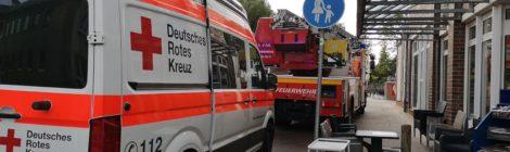 214. Hilfeleistung - - Arbeitsunfall - Unklare Lage - - Person aus Schacht gerettet