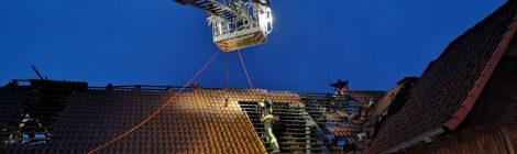 040. Anforderung Absturzsicherungsgruppe LK Uelzen - F2 - Dachstuhlbrand
