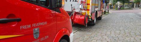 107. H1 - Person gestürzt - Tragehilfe für Rettungsdienst